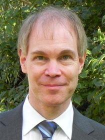 Dr. Björn Benken